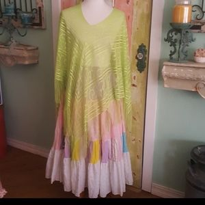 Lace fringe shawl in apple green